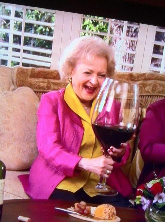 ワインの効果あれこれ。あなたはどの説を信じますか?
