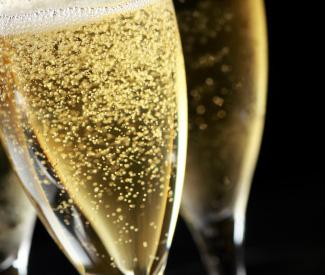 すっきり辛口スプマンテでクリスマス、新年を迎えてはいかがですか?