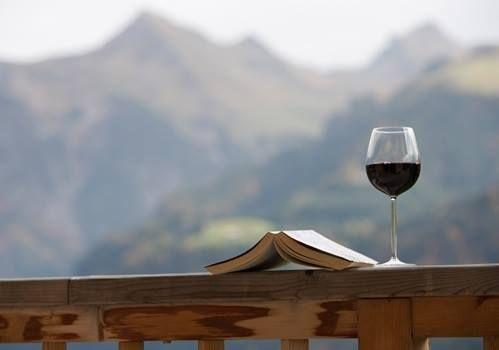 好きなワインと好きな本と一緒にリラックス♥♥♥