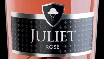 """ワインの世界の""""ロミオとジュリエット""""はプロセッコとロゼのカップルです。"""