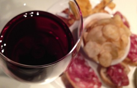 Astiの夕べ・・・美味しいおつまみ付きのアペリティーヴォに大満足。