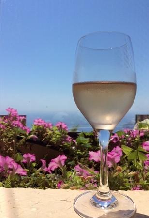 贅沢週末。やっぱり海を眺めながらのワインは最高♥