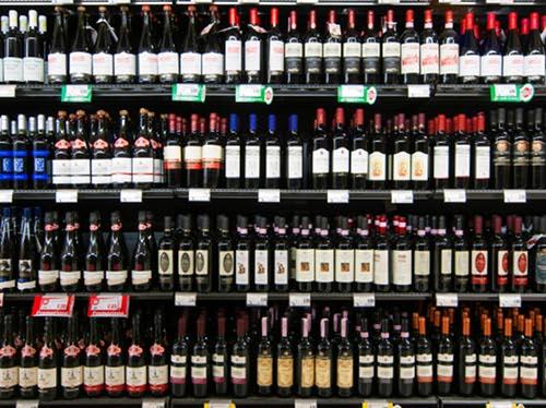 コスパのいいイタリアワインは? Wine-Searcherのランキングです。